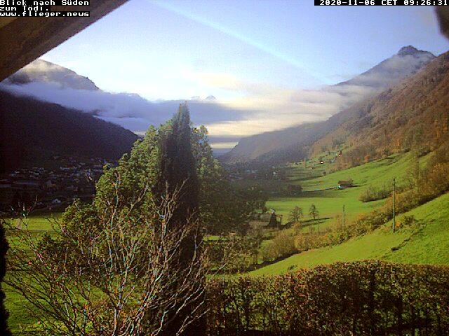 Paragliding Fluggebiet Europa Schweiz Glarus,Brunnenberg/Bärensol - Leuggelstock,Blick von Schwanden in Richtung Tödi